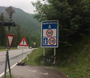 frontera amb austria cyclocat